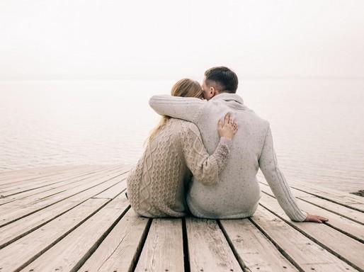Fiatal pár a tóparton, Kép: Ragakodj hozzá!