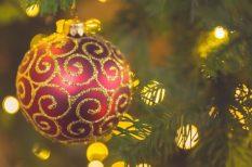díszek, éden, karácsonyfa, kézimunka, mézeskalács, szaloncukor, toboz, tömeggyátás