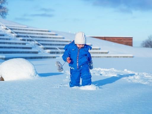 Gyerek a hóban, Kép: pixabay