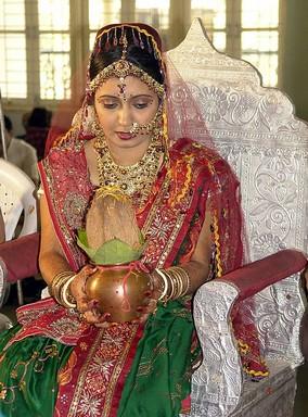 Hindu menyasszony, kép: wikimedia