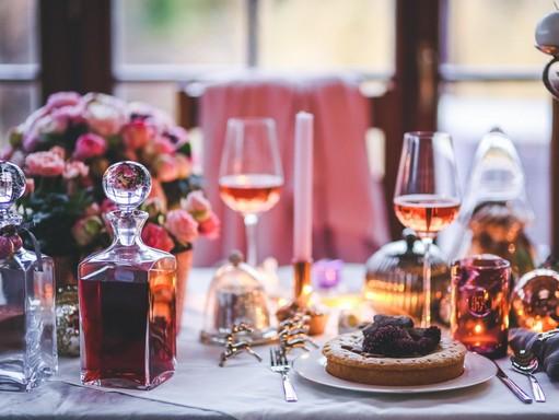 Karácsonyi asztal, kép: pxhere