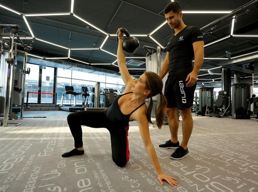 Popovics Tamás edzést tart, Kép: Life1 Fitness