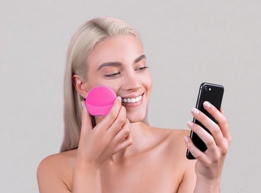 Szépségápolás és mobil, Kép: Foreo