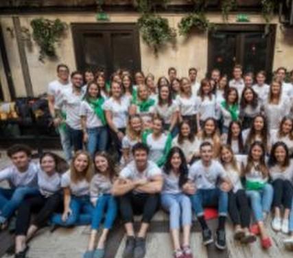 Önkéntes nyelvtanárok, Kép: RTL