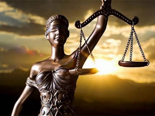 Justicia szobor, Kép: felejtek.hu