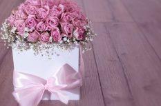 ajándék, celofán, csoki, csomagolás, környezetvédelem, papír, valentin, virág