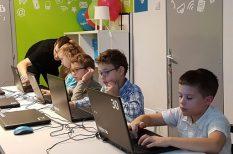 digitális tér, gyerek, internet, szokások