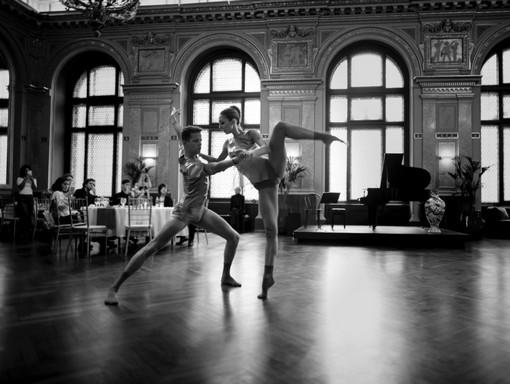 Táncosok a Lotz-teremben, Kép: Café Párisi