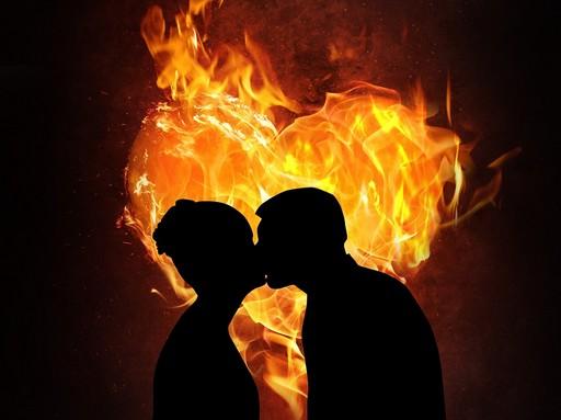 Valentin.napi szerelmes pár művészien, Kép: pixabay