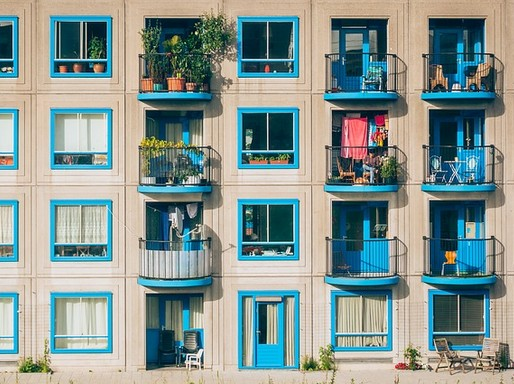 Hasznos balkonok, Kép: Megyei Szabolcs
