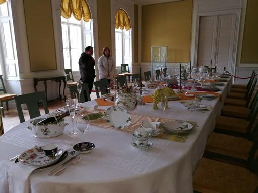 Herendis asztal a Károlyi Kastélyban, Kép: László Márta