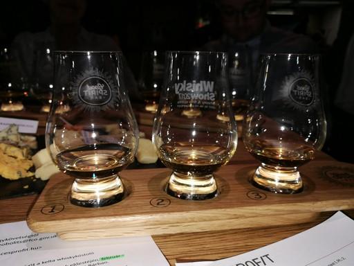 Walesi whiskyk, Kép: László Márta
