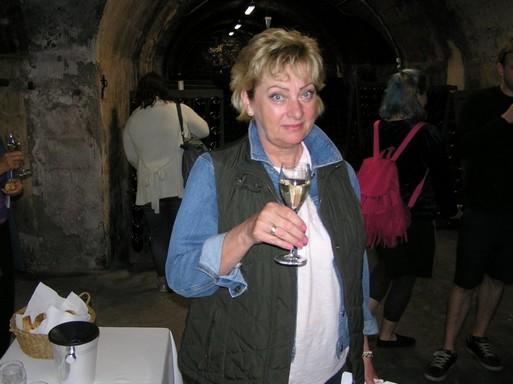Degorzsálás utáni pezsgőt kóstolok, Kép: szelfi