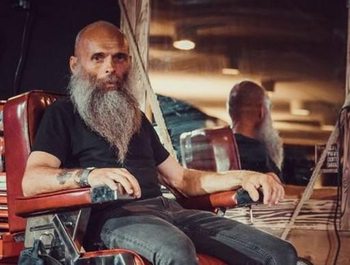 Ősz szakállas férfi, Kép: sajtóanyag