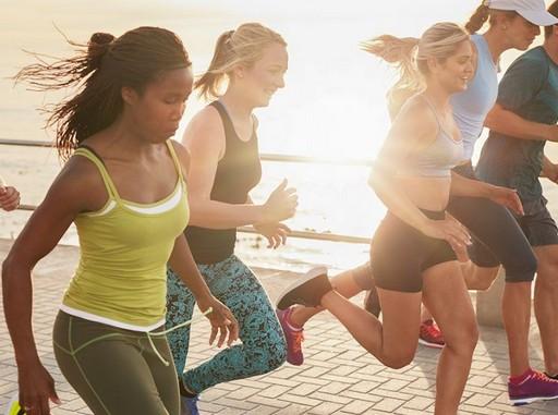 Futó nők, Kép: foreo