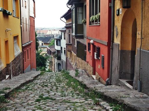Gül baba utca Budapesten, Kép: Vatera