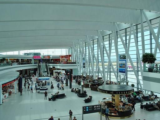 Liszt Ferenc Repulőtér, 2-es terminál, varócsarnok, Kép: wikipedia