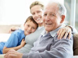Nagypapa és a családtagok, Kép: felejtek.hu