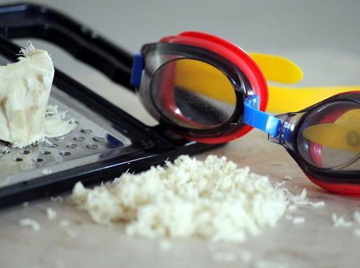 Reszelt torma úszószemüveggel, Kép: pixabay