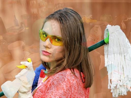Takarítás, fiatal nő, Kép: pixabay