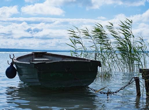 Csónak a Balatonon a szélben, Kép: pixabay