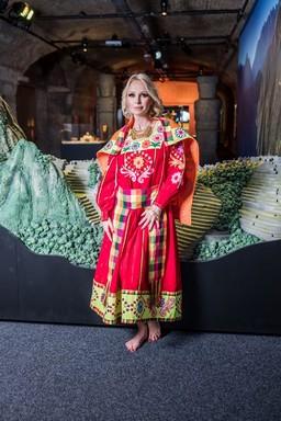 Köllő Babett inka népviseletben, Kép: sajtóanyag