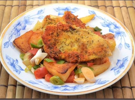 Ropogós, kakukkfüves csirkemell, Kép: Steffel Csaba