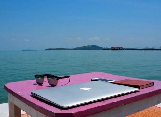 Számítógép, tenger, Kép: pxhere