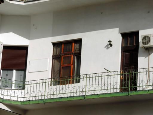 Körfolyosós ház, Kép: pixnio