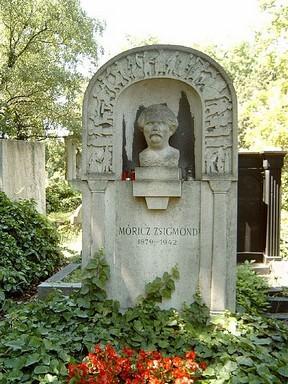 Móricz Zsigmond sírja, Kép: wikipedia