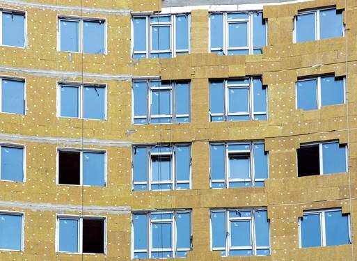 Panelszigetelés és ablakcsere, Kép: projectdoktor