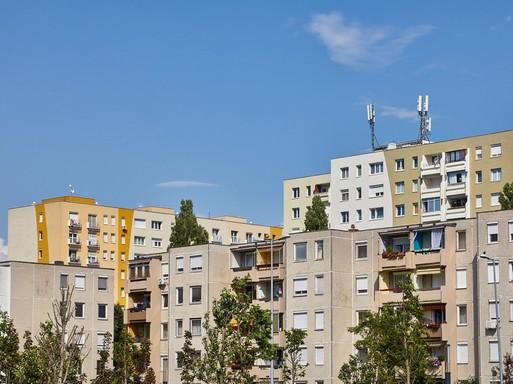 Szigetelt panelházak, Kép: projectdoktor