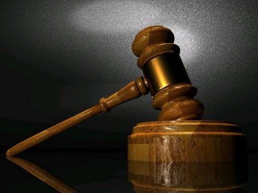 Bírói kalapács, Kép: pxhere