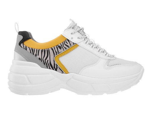 Fehér-zebrás sportcipő, Kép: deichmann